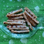 Palitos de hojaldre y anchoas